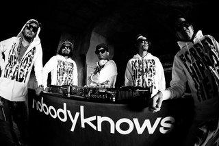 nobodyknows+