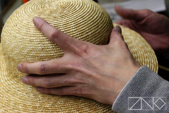 「ルフィの麦わら~シャンクスとの誓いの帽子~」製造過程。