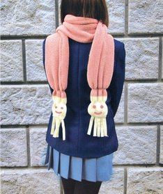 唯マフラー着用例。あったか素材でふわふわ時間を過ごそう。(C)かきふらい・芳文社/桜高軽音部