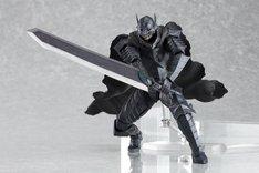 「ベルセルク」37巻限定版に付属するフィギュア「ガッツ狂戦士の甲冑ver.」。