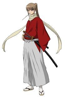 沖田総悟。真選組一番隊隊長を務める、隊最強の剣士。超がつくほどのサディストで、土方を失脚させようとあらゆる手段を講じる。銀時の迷い込んだ未来では、なぜか某マンガに登場する流浪人のような姿に。 (c)空知英秋/劇場版銀魂製作委員会
