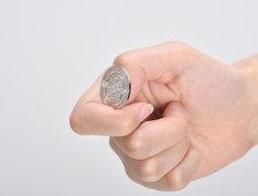 「美琴のコイン」使用例。(C)鎌池和馬/冬川基/アスキー・メディアワークス/PROJECT-RAILGUN S