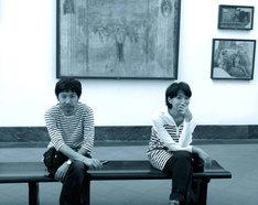 写真左からとり・みき、ヤマザキマリ。