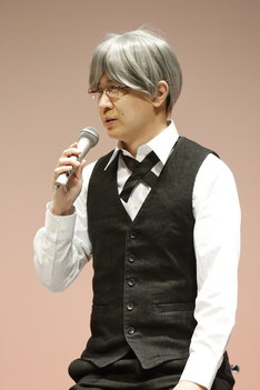 「それでも世界は美しい」より、ニールの衣装で登場した杉田智和。すべて自前だそう。