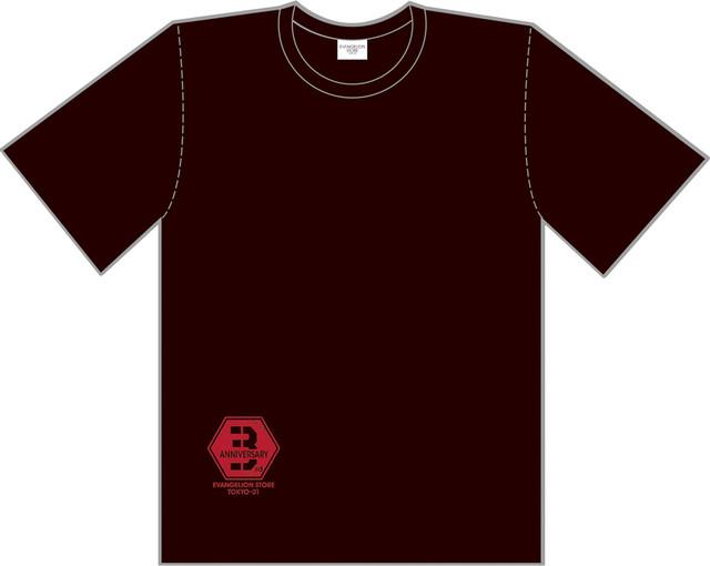 11月1日に発売される「3周年Tシャツ(黒)」。(c)カラー