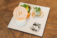 「WOW!赤塚不二夫カフェ」で提供されるメニュー。