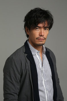 主人公・小町小吉を演じる伊藤英明。