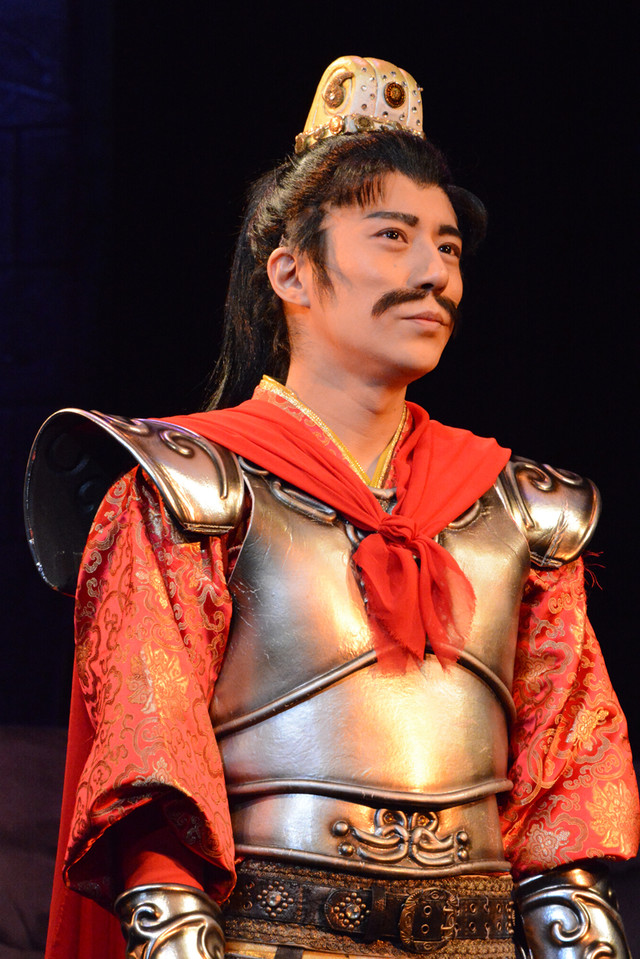 舞台「龍狼伝」公開稽古の様子。