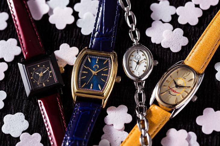 「刀剣乱舞-ONLINE-」とのコラボ時計。