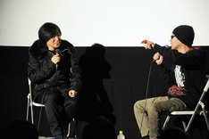 (左から)上條淳士、遠藤ミチロウ。