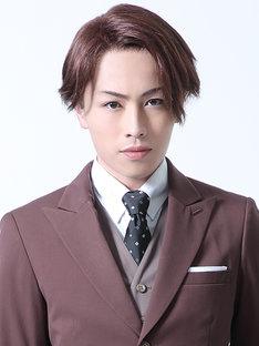 鈴木勝吾演じる三好。