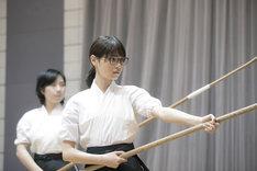 映画「あさひなぐ」にて東島旭役を務める西野七瀬の稽古の様子。
