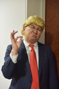 レイザーラモンRG演じる、とある国の大統領。