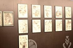 会場に展示された「無限の住人」の原画。