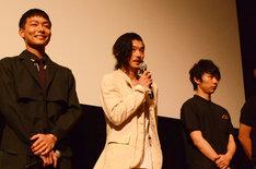左から田中俊介、淵上泰史、須賀健太。