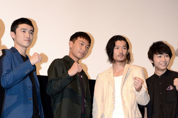 左から川籠石駿平、田中俊介、淵上泰史、須賀健太。