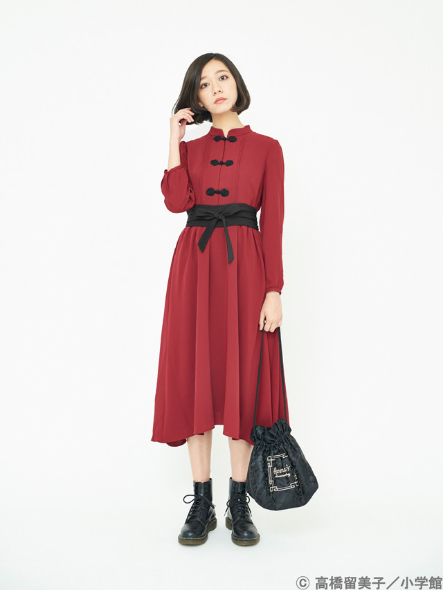 「らんま1/2 早乙女乱馬イメージワンピース」ボルドーの着用イメージ。