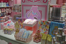 「Sailor Moon store」の店内。