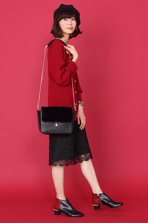 おそ松モデルのアイテムの着用イメージ。