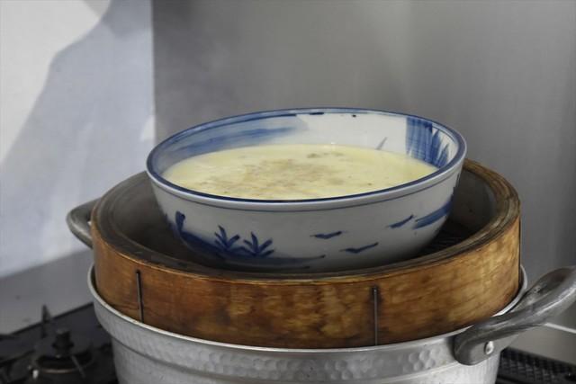 蒸しあがった茶碗蒸し。