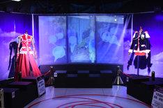 「少女革命ウテナ TVアニメ放送20周年記念展 ~薔薇と革命の記憶、絶対運命黙示録~」の様子。