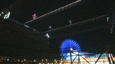 番組内で行われる競技「鉄鋼渡り」。(c)TBS