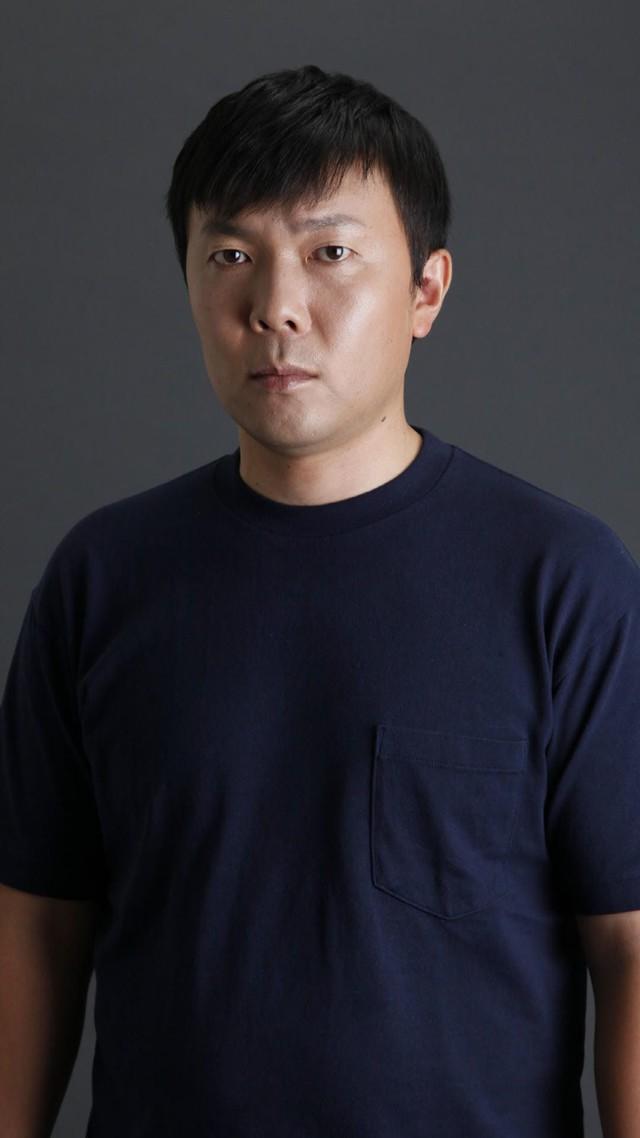 下仁田役のオラキオ。