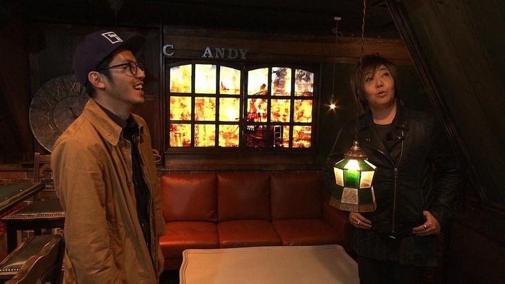 「SWITCHインタビュー 達人達」より、左から西野亮廣、緒方恵美。(写真提供:NHK)