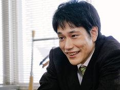 松山ケンイチ扮する神保和夫。