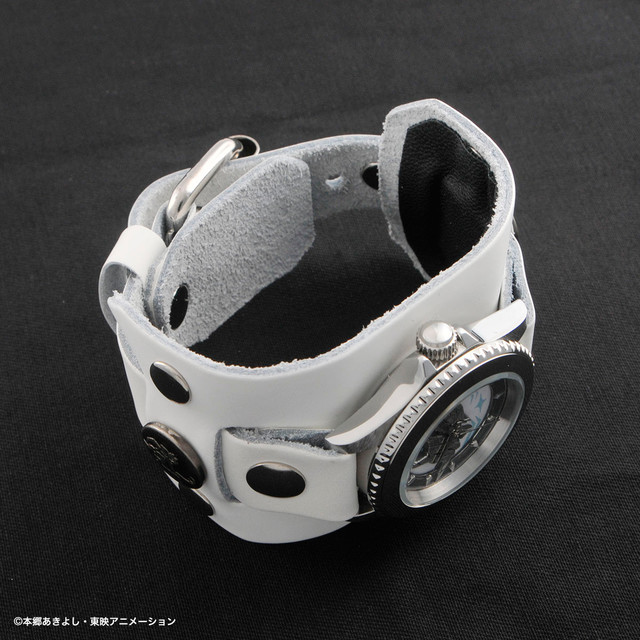 「OMEGAMON:MERCIFULMODE × Red Monkey Designs Collaboration Wristwatch Silver925 High-End Model」