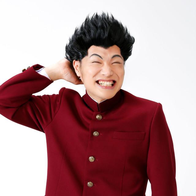 舞台第1弾上演時のもう中学生扮する出瀬潔のビジュアル。