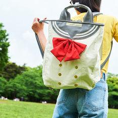 「ラブライブ!サンシャイン!! セーラーリュック(2年生)」の着用イメージ。