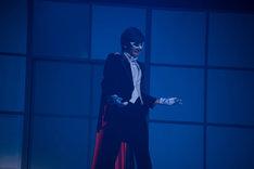 石井美絵子演じるタキシード仮面。