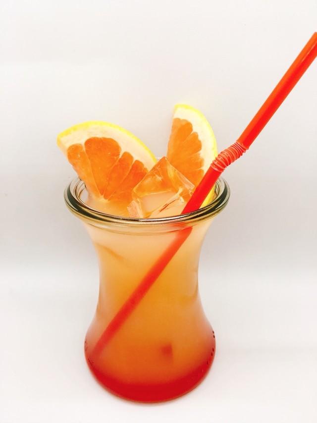 「かっちゃんのグレープフルーツジュース」