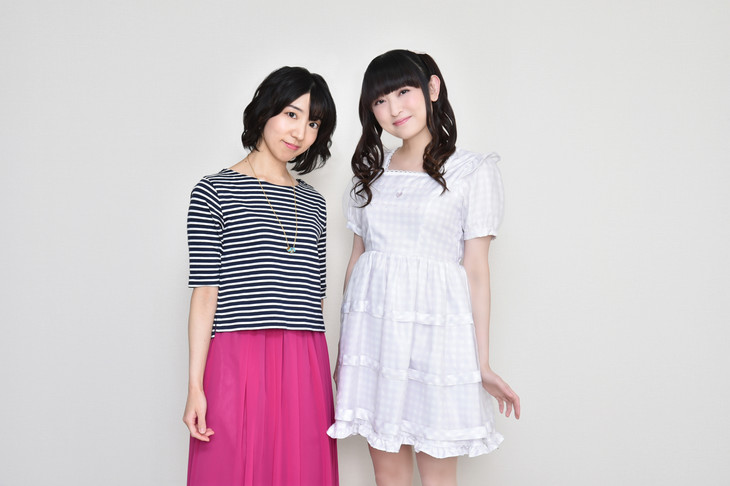 左からキュアマシェリ/愛崎えみるを演じる田村奈央、キュアアムール/ルールー・アムールを演じる田村ゆかり。