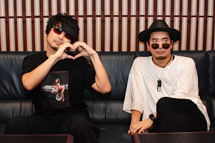 伊豆乃風の寿竜次郎を演じる小西克幸(左)、時田信治を演じる安元洋貴(右)。