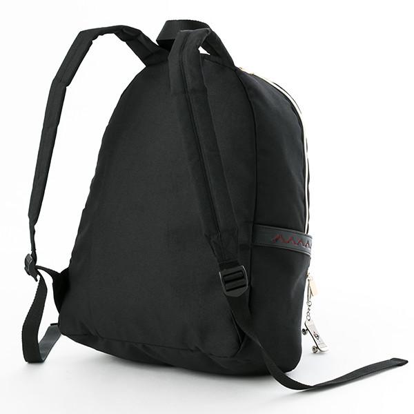八田美咲モデルのバッグ。