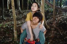 映画「青夏 きみに恋した30日」より。