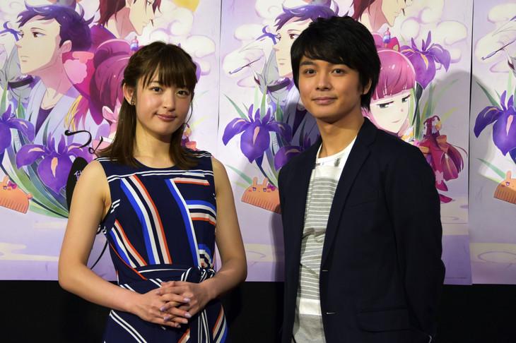 テレビアニメ「つくもがみ貸します」会見の様子。左から小松未可子、榎木淳弥。