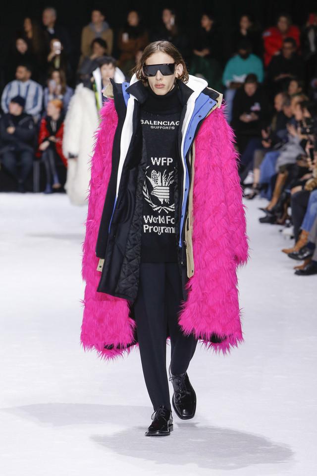 ブチャラティが着用したバレンシアガの衣服。Courtesy of BALENCIAGA
