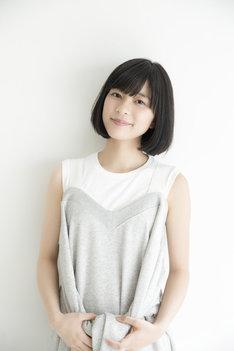 雪丸花子役の芳根京子。
