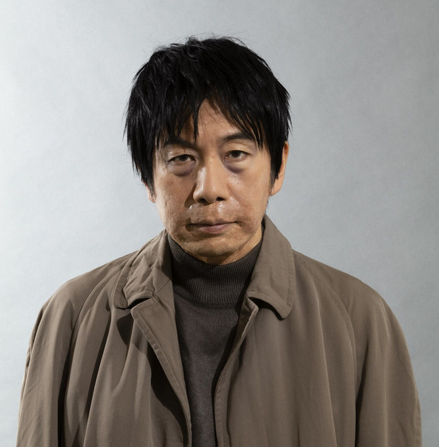 「やなぎ屋主人」主人公の青年役の塚本晋也。(c)「このマンガがすごい!」製作委員会