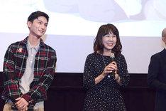 左から高良健吾、島本須美。