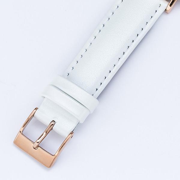 毛利蘭モデルの腕時計。
