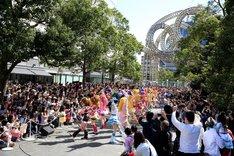 「映画HUGっと!プリキュア▽ふたりはプリキュア オールスターズメモリーズ」ダンスパレードの様子。