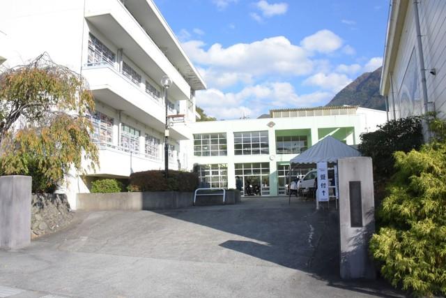 旧下部中学校