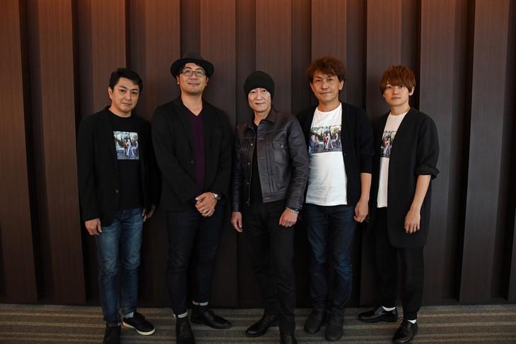 TVアニメ「DOUBLE DECKER! ダグ&キリル」ステージイベントの様子。左から三上哲、古田丈司、桂正和、田村一彦、天崎滉平。