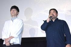 劇場アニメ「GODZILLA 星を喰う者」トークイベントの様子。左から瀬下寛之監督、櫻井孝宏。