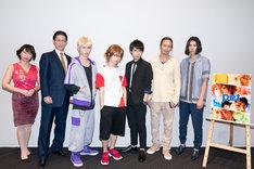左からあまりかなり、君沢ユウキ、谷佳樹、植田圭輔、桑野晃輔、萩野崇、伊勢大貴。