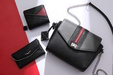 眼帯の喰種モデルのバッグ、財布、スマートフォンケース。